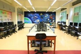 跨媒體教室 ─ 電腦室